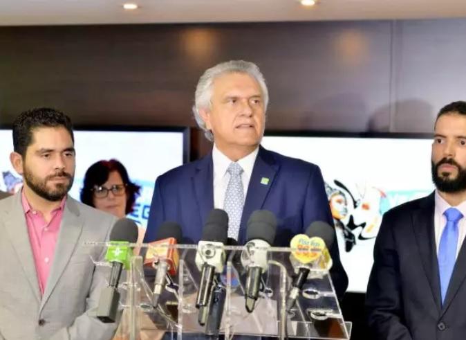 Caiado sancionou lei que proíbe saques judiciais (Foto: Reprodução)