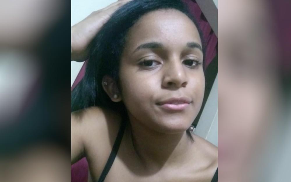 Adrielly Luiza Evangelista Pascoal da Costa desapareceu após ir à escola — Foto: Leila Evangelista/Arquivo Pessoal