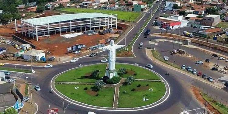 Homem nu é encontrado caminhando na BR-060, em Rio Verde