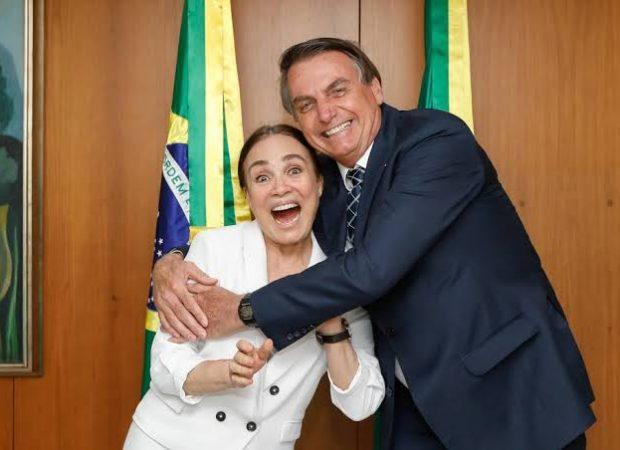 Presidente disse que secretária especial da Cultura, que trabalha de São Paulo durante a quarentena, tem dificuldade com 'gente de esquerda' (Foto: Carolina Antunes/PR)