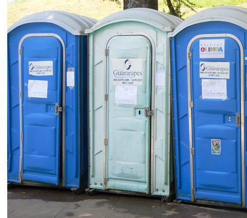 Projeto visa instalação de banheiros químicos em feiras livres goianas