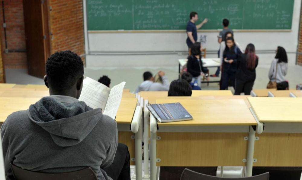 Desigualdades e baixo aprendizado são os maiores desafios na educação