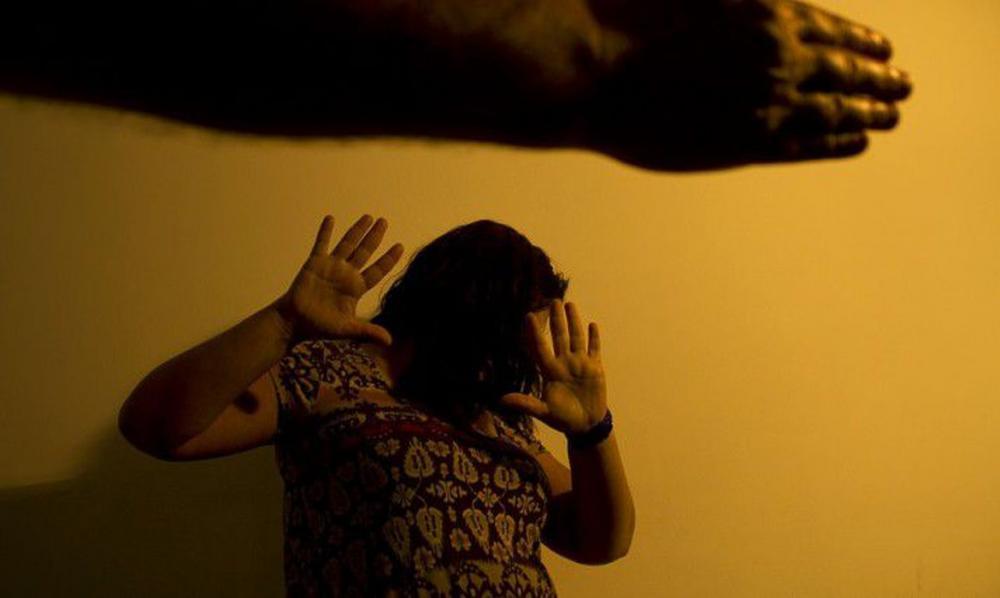 Bolsonaro sanciona lei de combate à violência doméstica na pandemia
